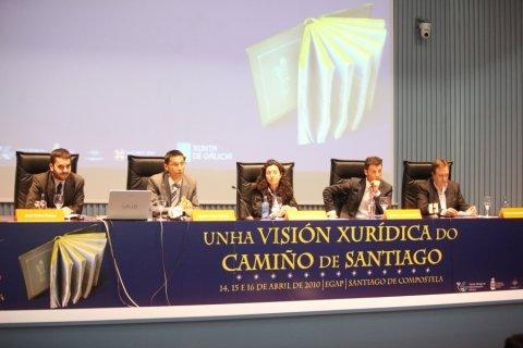 Mesa redonda.  - Congreso sobre Unha Visión Xuridica do Camiño de Santiago